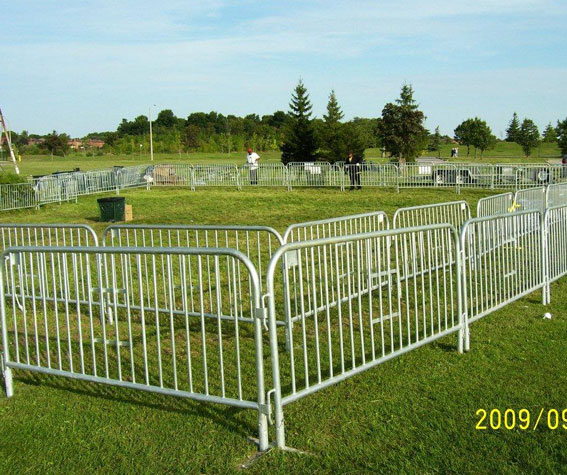 Barricade Rental Safety Barriers Traffic Barriers